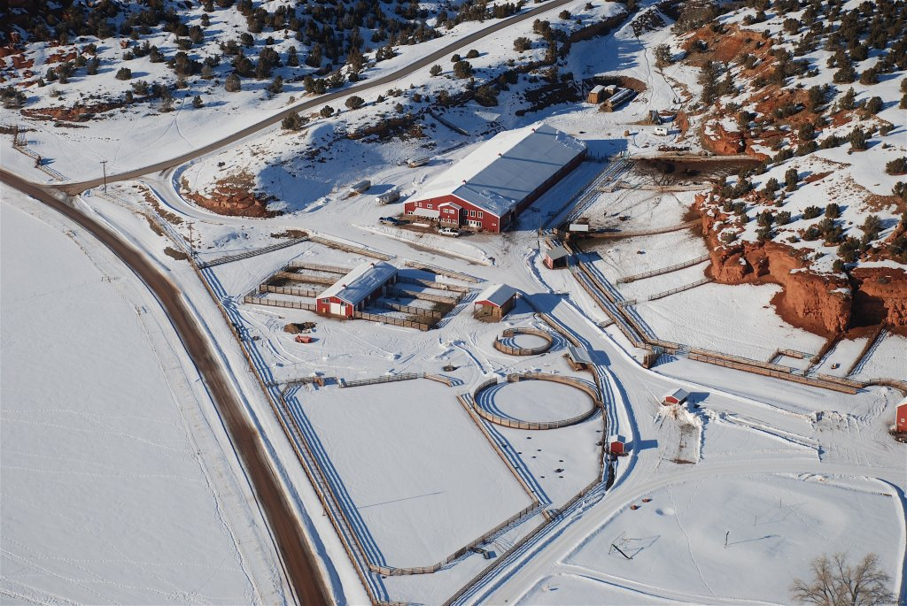 Horse Arena in Winter at the Red Reflet Ranch | Image #23/24 | Incredible experience at Red Reflet Guest Ranch