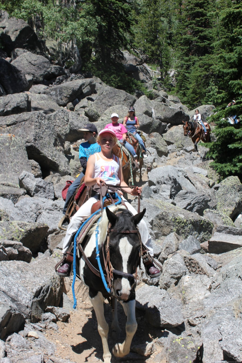 Family having fun on a trail ride | Image #11/22 | Mule Shoe Outfitters