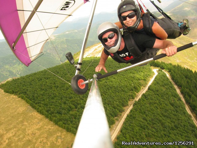 G & J, the operators - Nelson Hang Gliding Adventures
