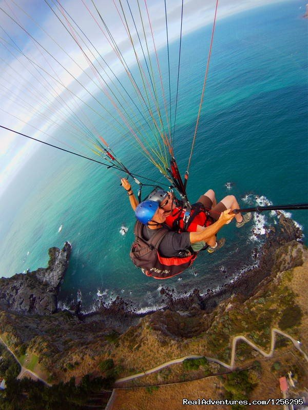 Tandem paragliding - the cliffs christchurch