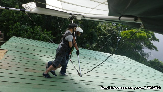 Learning how to take off - Hilton Fly Rio Hang Gliding Center
