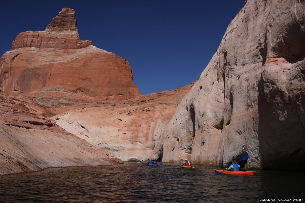 Kayaking Lake Powell | Image #11/12 | Four Season Guides