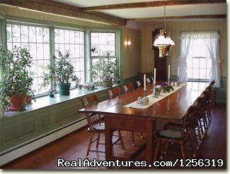 Grandmother's House Dining Room - Inn to Inn - Country Inns Along the Trail
