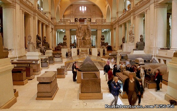 Egyptian Museum Tour from Hurghada by plane - Day trip to Cairo Pyramids from Hurghada by plane