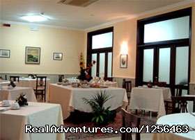 Hotel Selene Restaurant - Paradise Cruises and Vacations