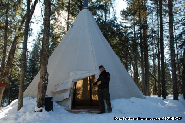 Teepee (#3 of 10) - Chenil la Poursuite