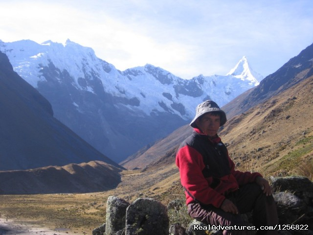 Treks Peru Day hikes huaraz - lake 69