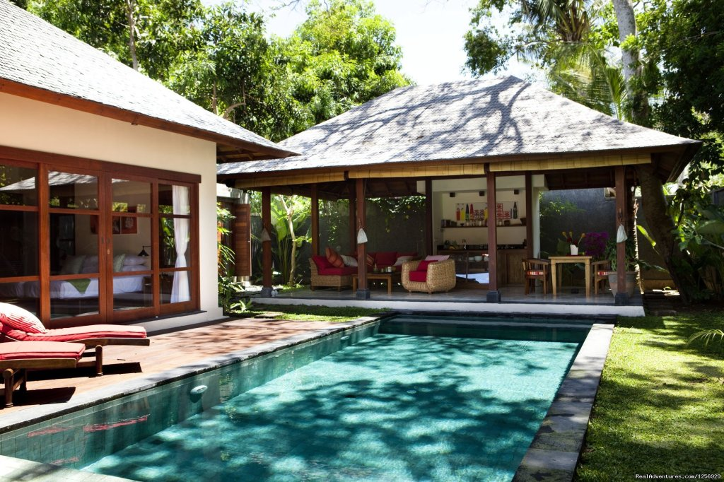 Mango Tree Villas capture the very essence of the Balinese lifestyle with a contemporary elegance accent.The villas, shaded under old mango trees, are an ideal choice for ftravellers with a sense of adventure and a passion for authentic surroundings.