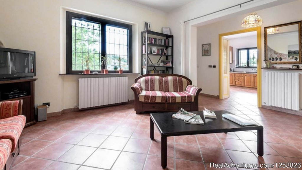 Living Room apartment Loggione | Image #3/18 | Holiday Home I Due Padroni - Wine region Milan