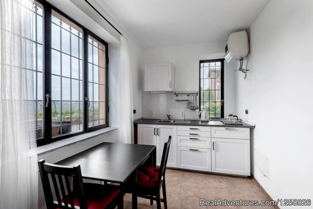 Kitchen/dining area apartment Cantinetta | Image #15/18 | Holiday Home I Due Padroni - Wine region Milan