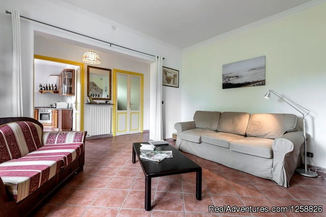 - Bed & Breakfast I Due Padroni Italy