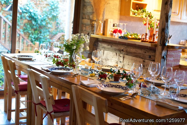 Ready for Dinner. - Travel & Cuisine Adventures in Spain