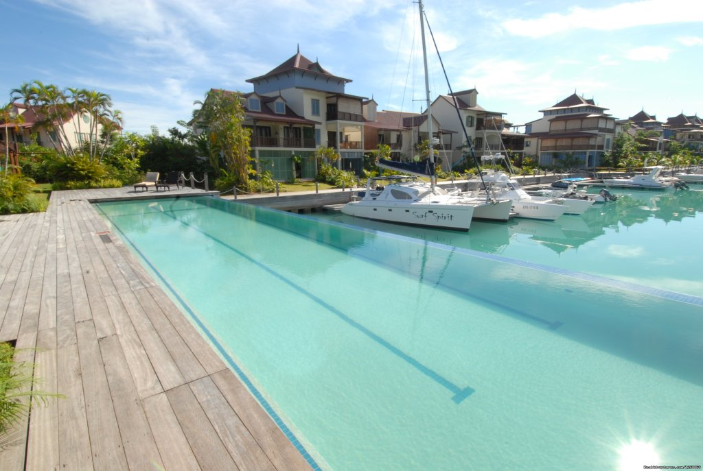 Swimming pools | Image #5/11 | Seychelles Holiday Rentals on Eden Island