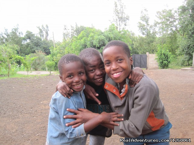 Care Orphanage in Tanzania: Care Orphanage ni Tanzania