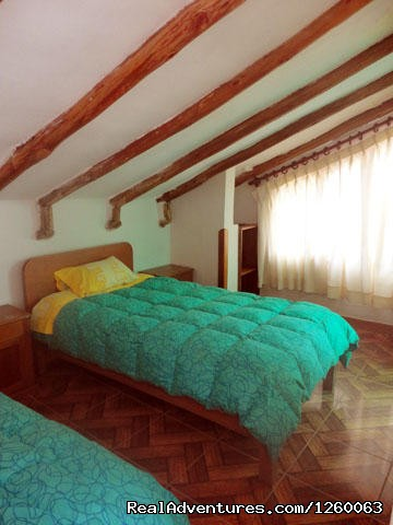 Twin Room Ensuite - Bright Hostels Cusco