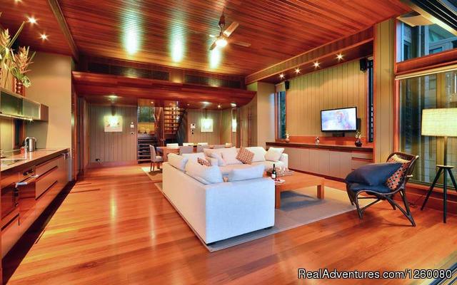 Image #7 of 26 - Yacht Club Villa 27 Hamilton Island