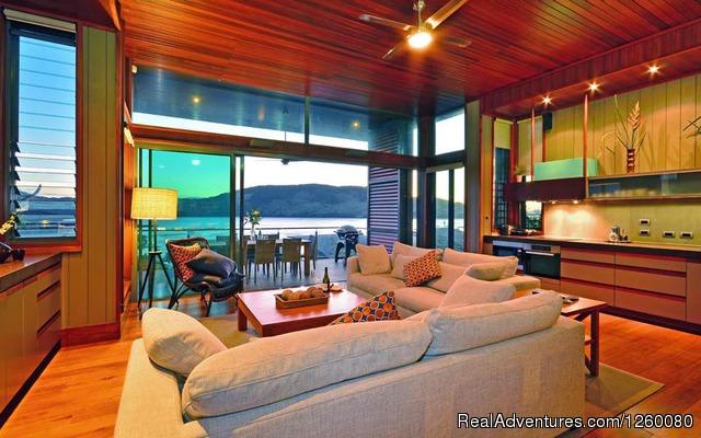 Image #4 of 26 - Yacht Club Villa 27 Hamilton Island
