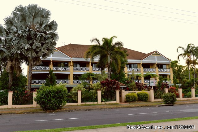 Waterfront Terraces Apartments Cairns
