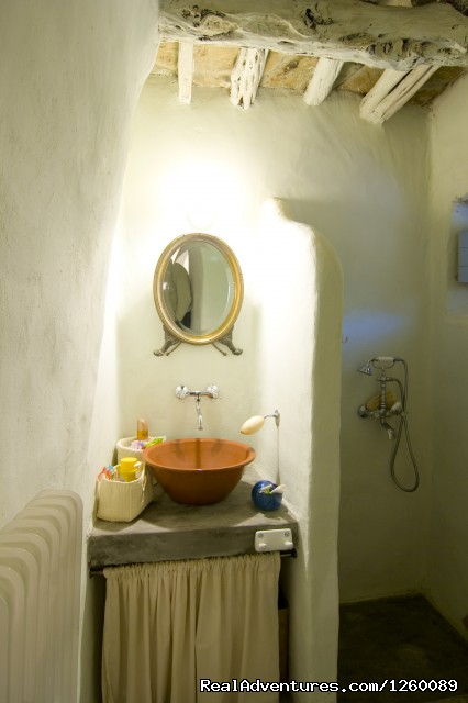 bath - Tinoshouse Holiday Rental on Tinos Island Greece
