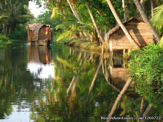 Back water in kerala - Kerala Holiday Packages - Best Deal for Kerala