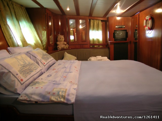 estern master cabin (#4 of 7) - Selimiye Tour Yacht Charter In Turkey