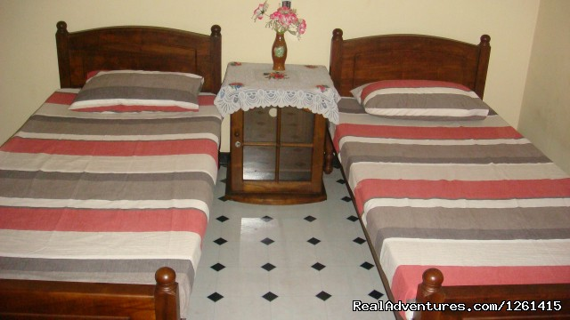 Randi Homestay Negombo: Share Rooms