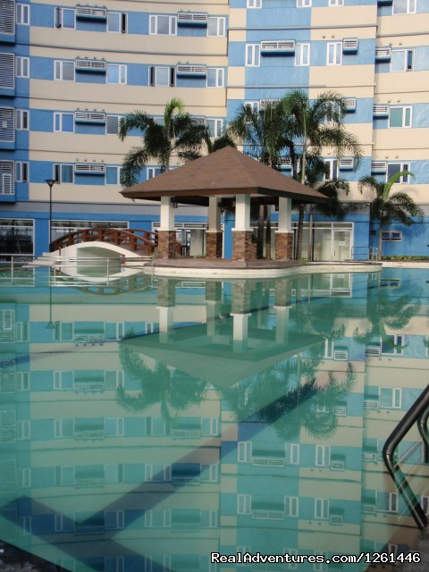 Gazebo And Big Adult Pool - Fully Furnished Studio-Condo Unit in Manila