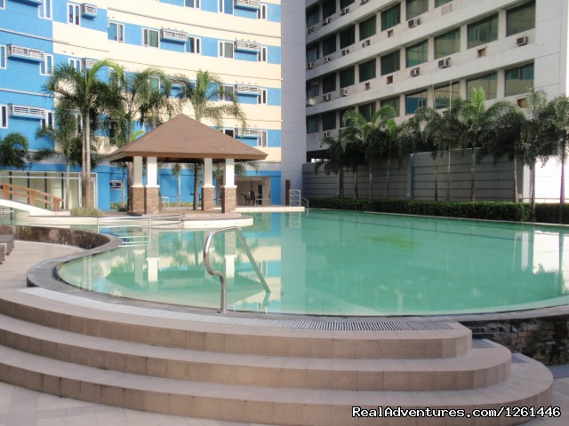 Adult Pool - Fully Furnished Studio-Condo Unit in Manila