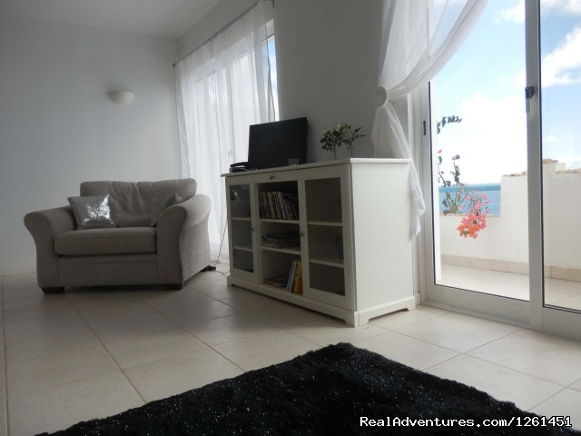 Living room - Sao Vicente Tranquil Beach House