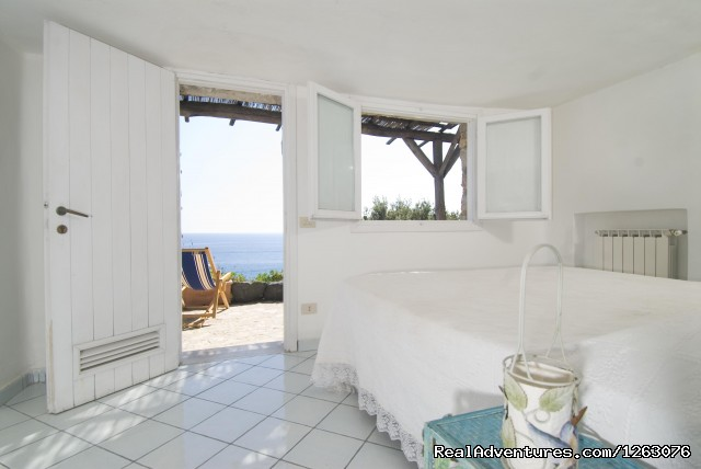 Isola di Eea, Deluxe Ginepro - Romantic Weekend in the Italian Mediterrean Coast