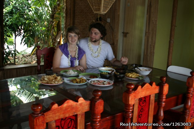 Authentic Kerala cuisine - cooked / served onboard - Eco houseboat romantic getaway in Kerala, India