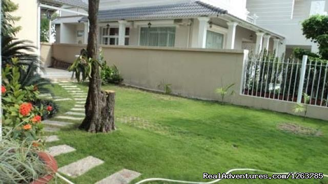 Houses,villas for rent in (Gia Lam) Long Bien Dist