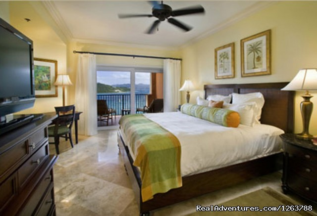 Master Suite - Luxurious Carlton Club Condo US Virgin Islands