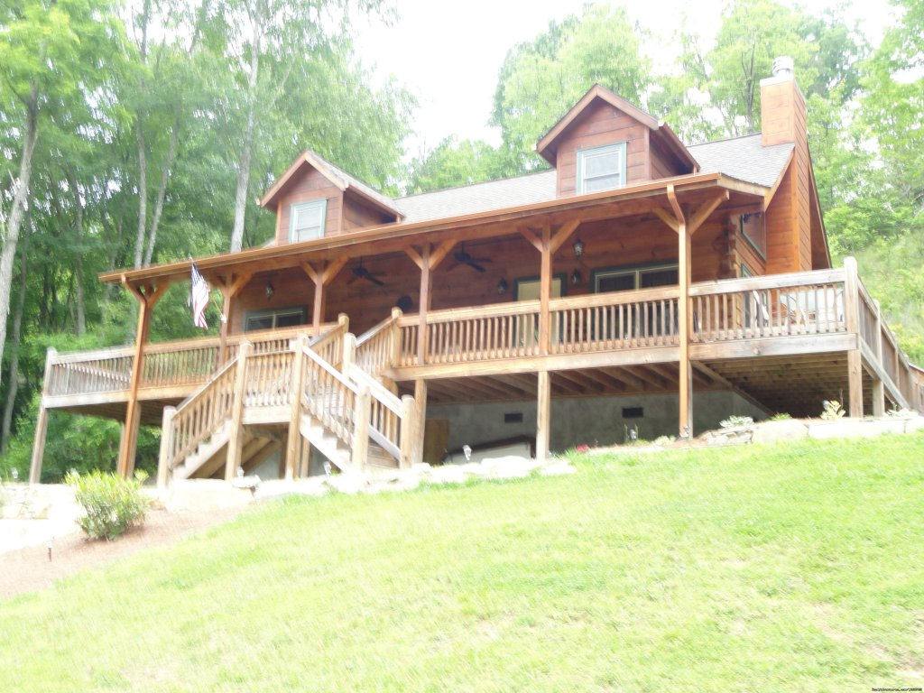 Front Entrance to Cabin | Image #2/20 | Luxury Cabin on Beautiful Mt Stream $199/nightly
