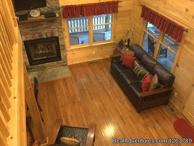 Kitchen/Dining Area (#12 of 22) - Luxury Cabin on Beautiful Mt Stream Great Rates