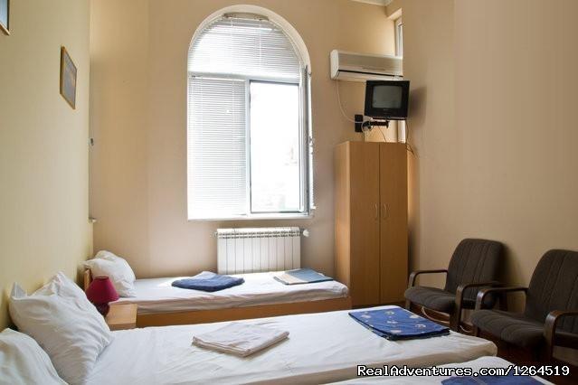 Image #4 of 14 - Galiani Hostel Sofia