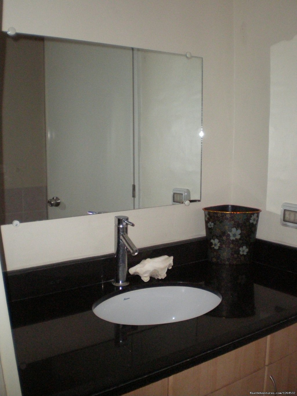 Image #16/17 | Fully Furnished Condo For Rent In Pasig