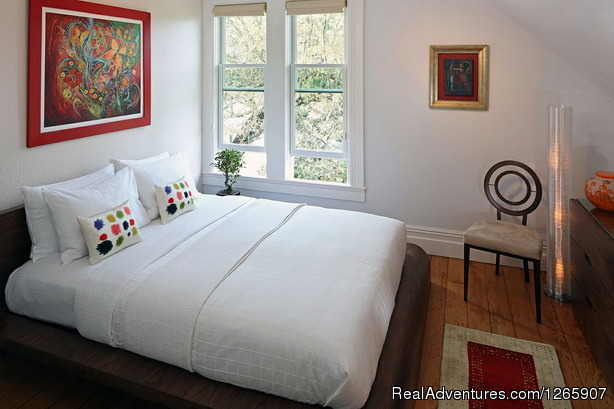 - Luxury modern B&B: Chanric INN Calistoga