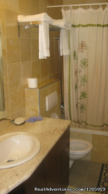 Double Room Bathroom - Beautiful Old Jerusalem Vacation Home