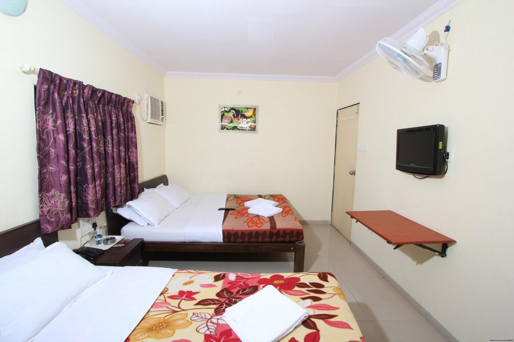 Tripple Bed Room | Image #2/6 | Budget Hotel In Mumbai