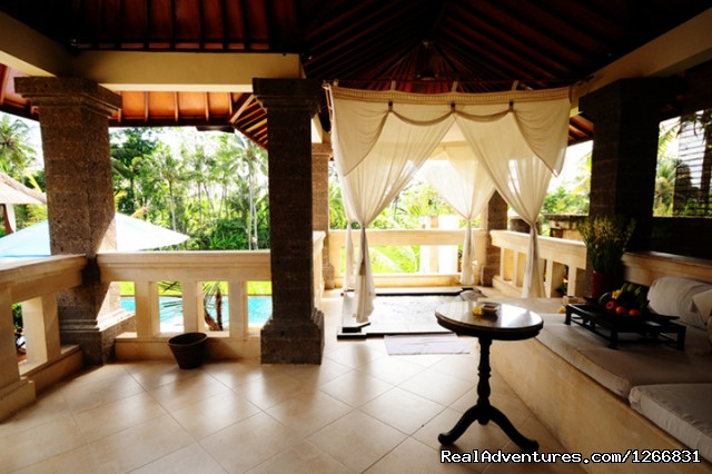 Hot Jacuzzi - A Private Villas for your Comfortable stay