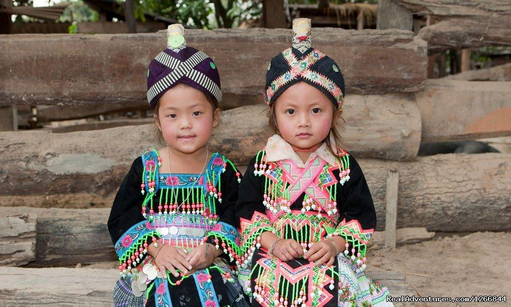 Girls from Asia Hmong, portraits in traditional clothes | Image #6/6 | Discover Luang Prabang - The Gem Of The Mekong
