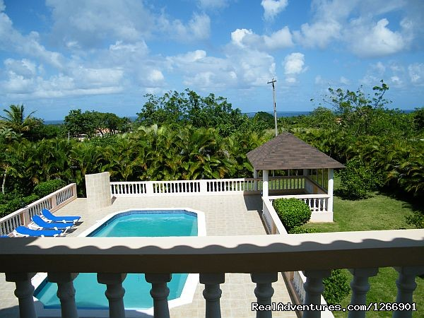 Guest suite Balcony ocean, pool, & garden view - Caribbean Luxury For Less - Quiet but Near all