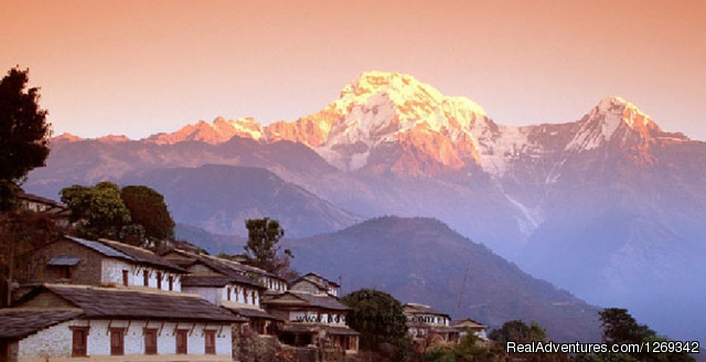 Annapurna Panorama Trek: Sunrise view on Annapurna South