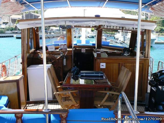 Image #5 of 5 - Blue cruise Lades Yacht