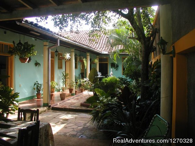 Terraza Hostal Buen Viaje - Hostal Buen Viaje ,Remedios,Cuba