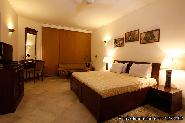 Super Deluxe Room - Bed and Breakfast Delhi | BnB