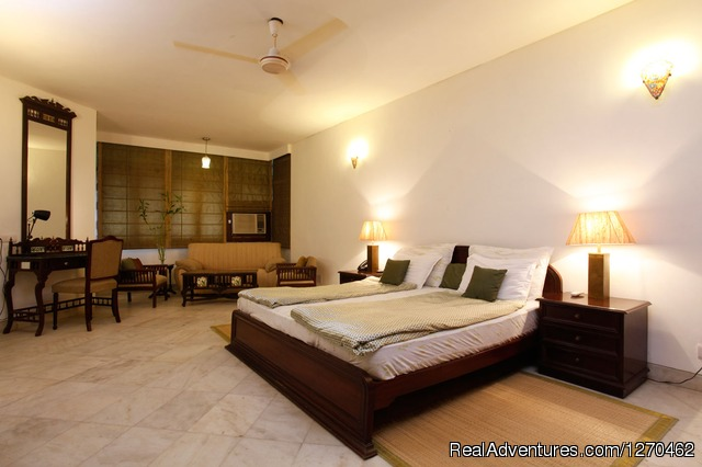 Super Deluxe - 2 - Bed and Breakfast Delhi | BnB