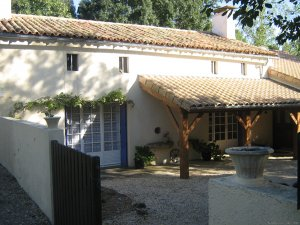 Warm irish welcime in rural France Poitiers, France Bed & Breakfasts