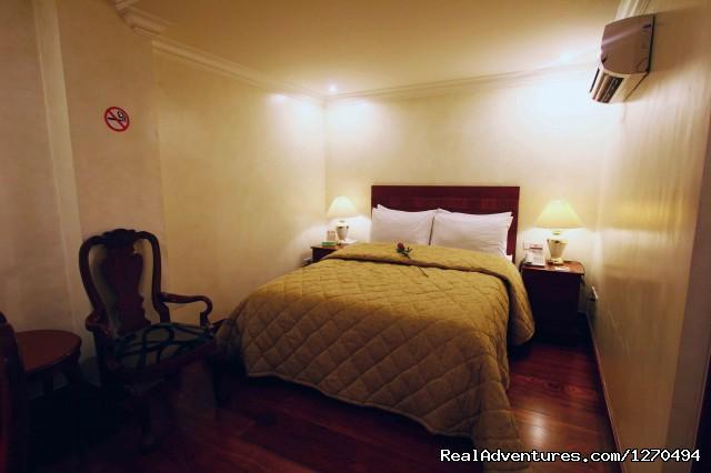 V.I.P. Suite Apartelle -Makati, Philippines V.I.P. Suite Apartelle B&B Room
